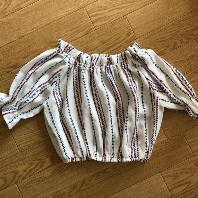 しまむら(シマムラ)の130 トップス キッズ/ベビー/マタニティのキッズ服 女の子用(90cm~)(Tシャツ/カットソー)の商品写真