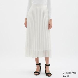 ジーユー(GU)のプリーツロングスカート GU ジーユー 白 オフホワイト 完売品(ロングスカート)