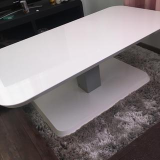 ニトリ(ニトリ)の美品☆テーブル 昇降式(コーヒーテーブル/サイドテーブル)
