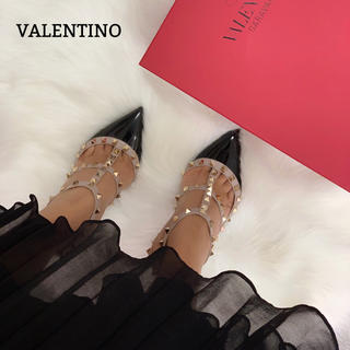 VALENTINO - 443 ヴァレンティノ スタッズ パンプス