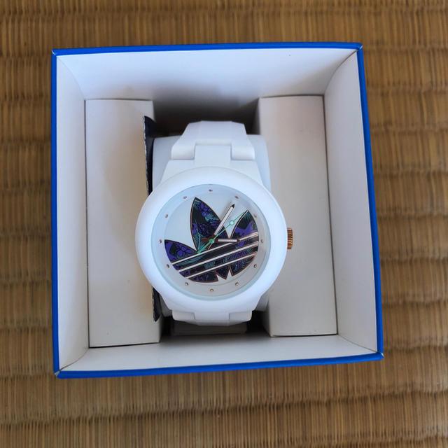 adidas(アディダス)の腕時計 レディースのファッション小物(腕時計)の商品写真