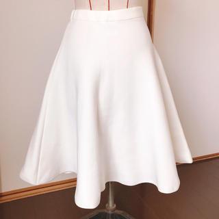 ルシェルブルー(LE CIEL BLEU)のルシェルブルー  定番 スカート ホワイト(ひざ丈スカート)