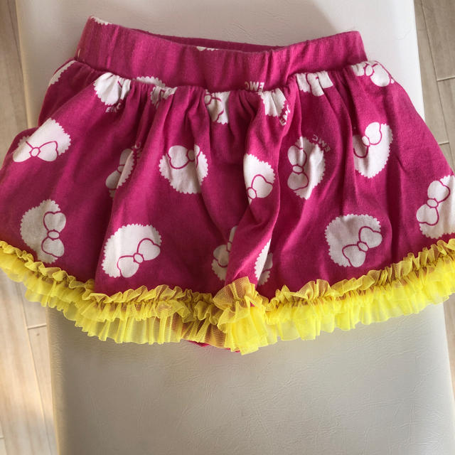 EARTHMAGIC(アースマジック)のアースマジック  スカパン キッズ/ベビー/マタニティのキッズ服 女の子用(90cm~)(スカート)の商品写真