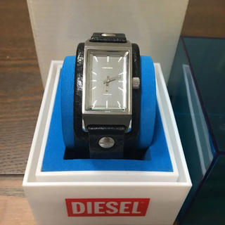 ディーゼル(DIESEL)の腕時計  ディーゼル  ブラック  革(レザーベルト)