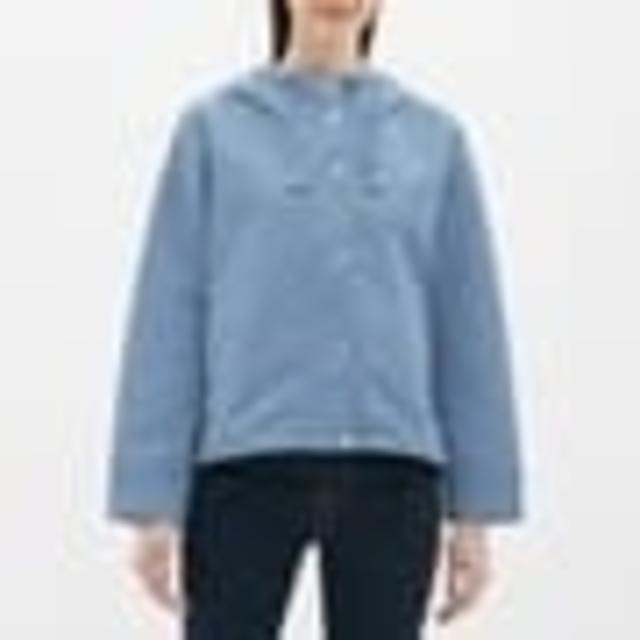 GU(ジーユー)のgu☆マウンテンパーカー☆ブルー☆Mサイズ☆新品☆完売☆ レディースのジャケット/アウター(ブルゾン)の商品写真
