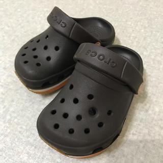 クロックス(crocs)のクロックス13cm 焦茶色(サンダル)