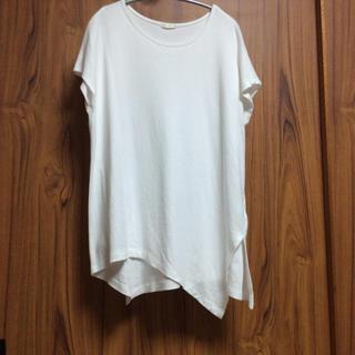 ジーユー(GU)のGU スソ変形Tシャツ Mサイズ(Tシャツ(半袖/袖なし))