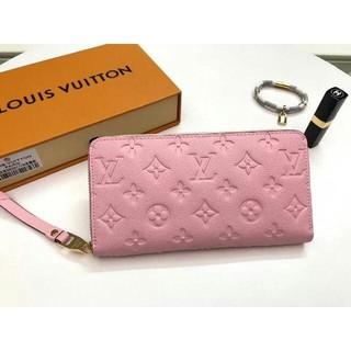 LOUIS VUITTON - LOUIS VUITTON ルイヴィトン ピンク 型押し 長財布