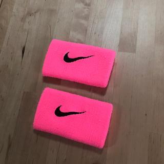 NIKE - ナイキ リストバンド ピンク
