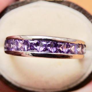 パープルストーン紫のエタニティ一文字タイプシルバーリング指輪大きいサイズ(リング(指輪))