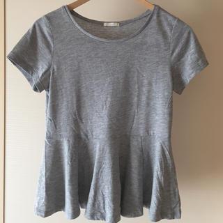 ジーユー(GU)のGU Tシャツ カットソー  ペプラムグレーS(Tシャツ(半袖/袖なし))