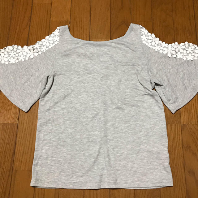 GU(ジーユー)のGU☆オープンショルダーT レディース M レディースのトップス(Tシャツ(半袖/袖なし))の商品写真