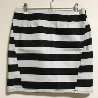ジーユー(GU)のGU*ミニスカート  ボーダー  ブラック×ホワイト  Mサイズ(ミニスカート)