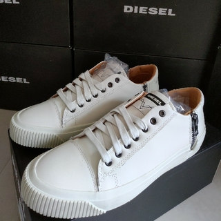 ディーゼル(DIESEL)の新品未使用品 DIESEL ディーゼル レザースニーカー 26.5cm 箱付き(スニーカー)