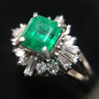 プラチナ エメラルド ダイヤモンドリング(リング(指輪))