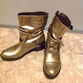 落ち着いたGOLD色のレインブーツ(レインブーツ/長靴)