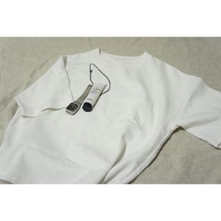 ジーユー(GU)のGU ジーユー カットソー シンプル トップス(カットソー(半袖/袖なし))