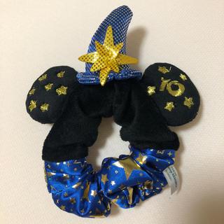 ディズニー(Disney)の【新品】Disney シュシュ ⭐︎柄 シー10周年記念モデル(ヘアゴム/シュシュ)