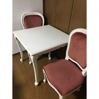 アンティークの椅子 一脚 (8000円)