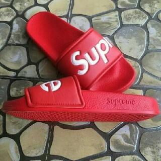 Supreme - supremeサンダル