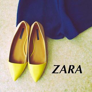 ザラ(ZARA)のZARA新品バイカラーパンプス(ハイヒール/パンプス)