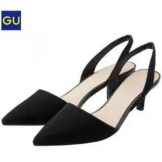 ジーユー(GU)の美品♪GU ストラップポインテッドパンプス ブラック Mサイズ(ハイヒール/パンプス)