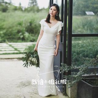 3d136f920491d ウエディングドレス マーメイドライン Vネック 優雅なシルエット 結婚式 披露宴(ウェディングドレス
