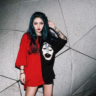 赤×黒 バイカラーピエロ ビッグTシャツ(Tシャツ(半袖/袖なし))