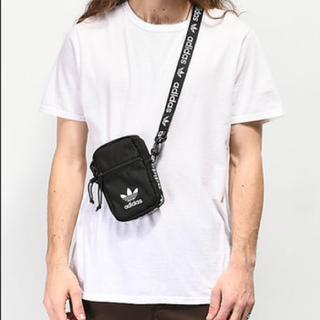 アディダス(adidas)の海外限定 アディダスオリジナルス ショルダーバッグ 黒(ショルダーバッグ)