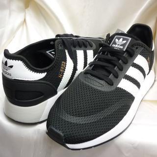アディダス(adidas)の定価9709円新品B28㎝★アディダスオリジナルス黒白イニキ ランナー(スニーカー)