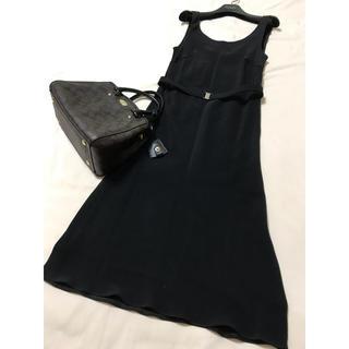 PRADA - 美品 PRADA ワンピース ブラック 黒 プラダ ベルト