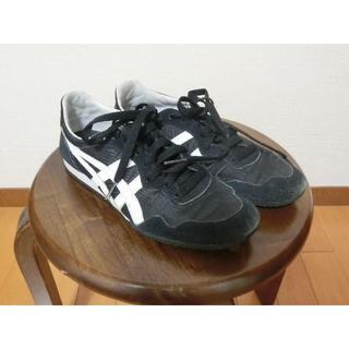 オニツカタイガー(Onitsuka Tiger)のオニツカタイガー セラーノ 24 黒 スニーカー ナイキ adidas好きにも(スニーカー)