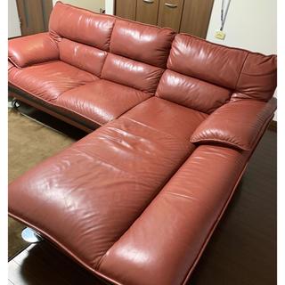 大型L型ソファー 本革 落ち着いたレッド