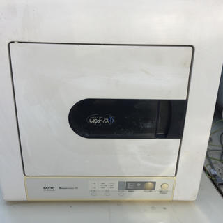 SANYO - SANYO 衣類乾燥機4.5kg 全国送料お安いです