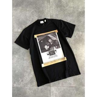 バーバリー(BURBERRY)の★BURBERRY★T-Shirt nera con stampa★(Tシャツ/カットソー(半袖/袖なし))