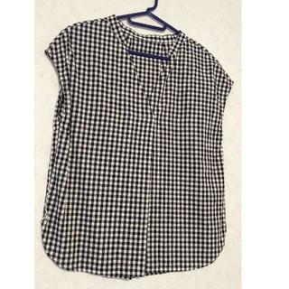 ジーユー(GU)のGU  ブラウス✾半袖✾ギンガムチェック柄✾白✾黒(シャツ/ブラウス(半袖/袖なし))