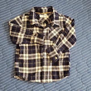 ニシマツヤ(西松屋)のチェックシャツ(ブラウス)