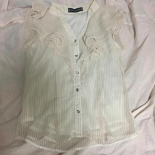 セシルマクビー(CECIL McBEE)のセシルマクビー ストライプブラウス(シャツ/ブラウス(半袖/袖なし))