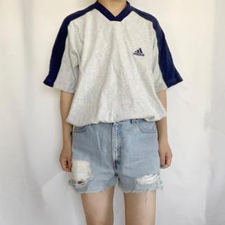 adidas 90s ロゴ刺繍TEE