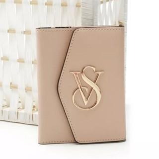 ヴィクトリアズシークレット(Victoria's Secret)のヴィクトリアシークレット パスポートケース(名刺入れ/定期入れ)