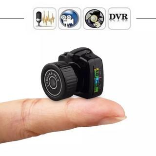 送料込み 超ミニHDコンパクトカメラ