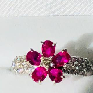 ポンテヴェキオ(PonteVecchio)の天然ルビー ダイヤモンド フラワーリング 0.35ct(リング(指輪))