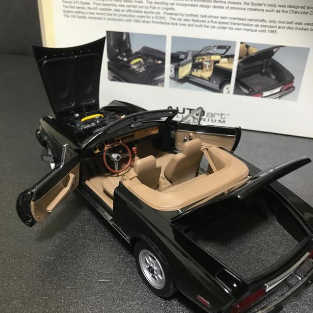 オート アート 1/18 フィアット 124 スパイダー エンタメ/ホビーのおもちゃ/ぬいぐるみ(ミニカー)の商品写真