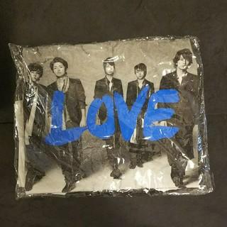 嵐 - 嵐 2013年LOVE ツアーTシャツ