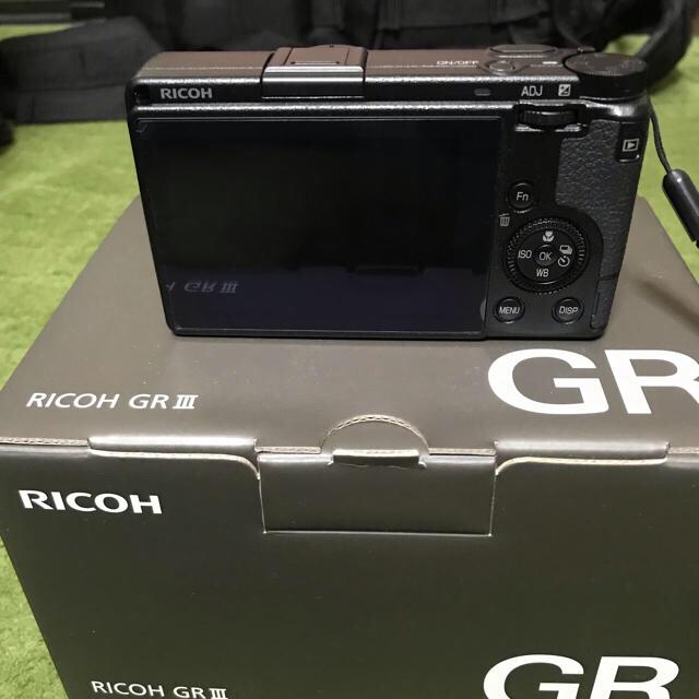 RICOH(リコー)のRICOH GR III 付属品多数 スマホ/家電/カメラのカメラ(コンパクトデジタルカメラ)の商品写真
