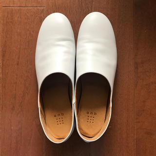 nest Robe - que  shoes  ホワイト Lサイズ 着用1回のみ