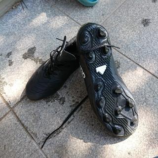 アディダス(adidas)のサッカースパイク23.5(シューズ)