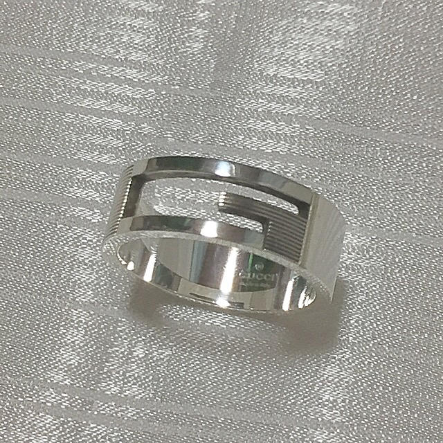 Gucci(グッチ)のグッチ15号 ブランデッドリング (定価25.920円)アイコンリング レディースのアクセサリー(リング(指輪))の商品写真