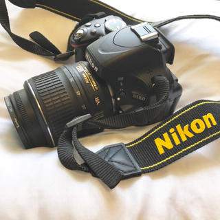 Nikon - Nikon D5100 2枚目に付属品あり
