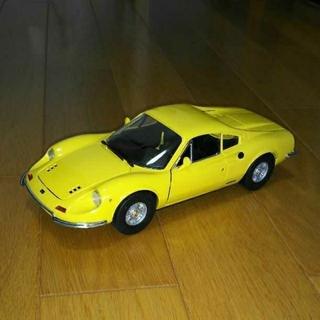 フェラーリ(Ferrari)のアンソン フェラーリ ディノ246GT 1/18 美品(ミニカー)